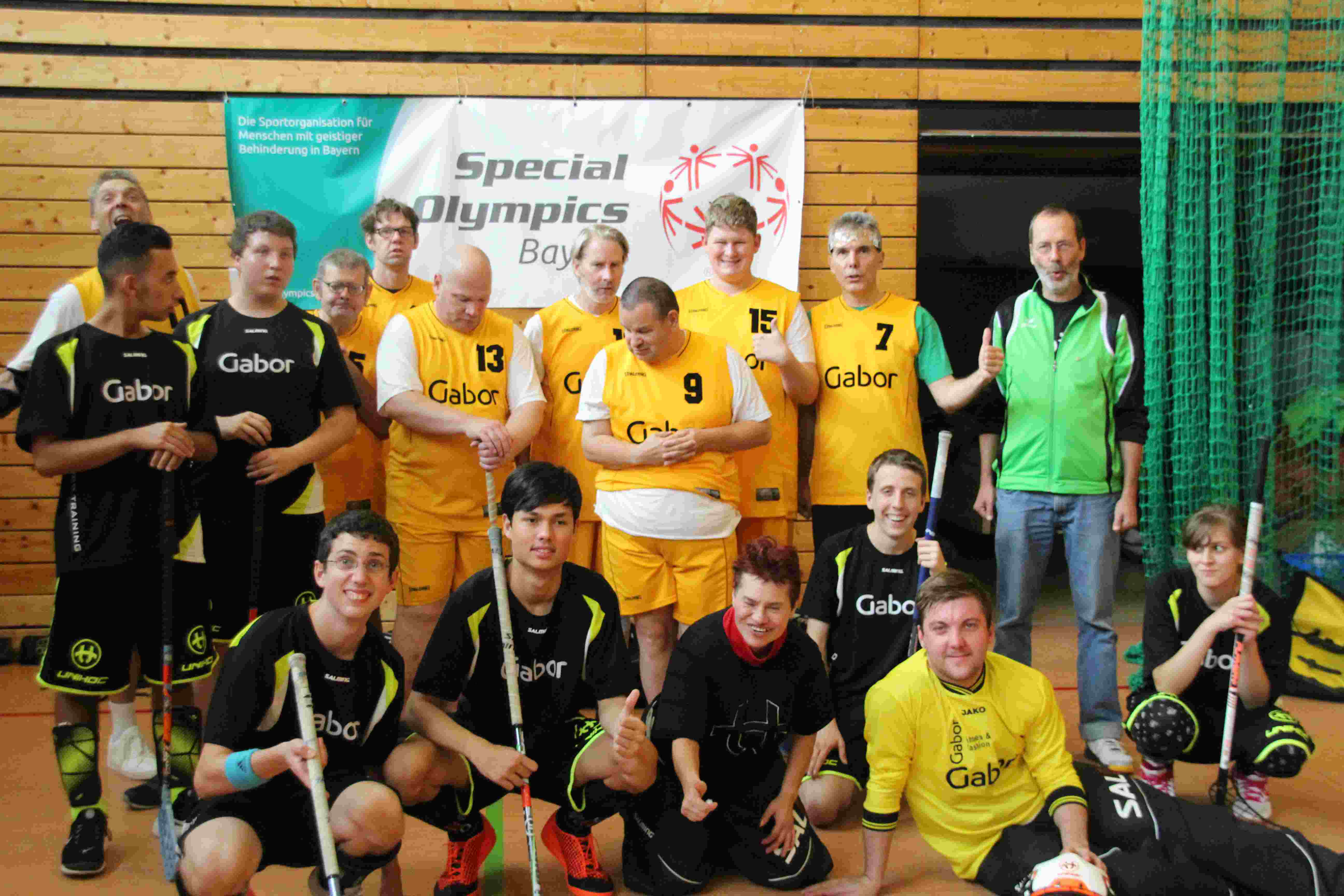 2019 Floorball beide teams hp